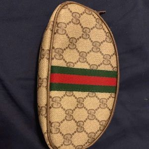 Cosmetic gucci